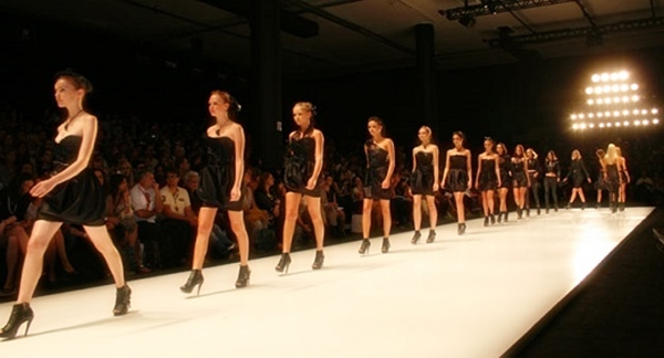 IN-MODE CRIA TOP 5, CONCURSO QUE LEVA AO SPFW!