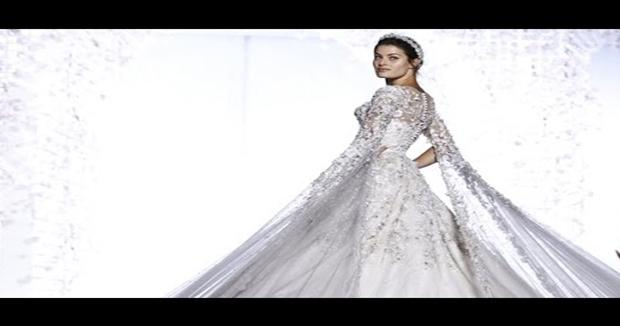 RALPH & RUSSO SE RENDE AO READY-TO-WEAR